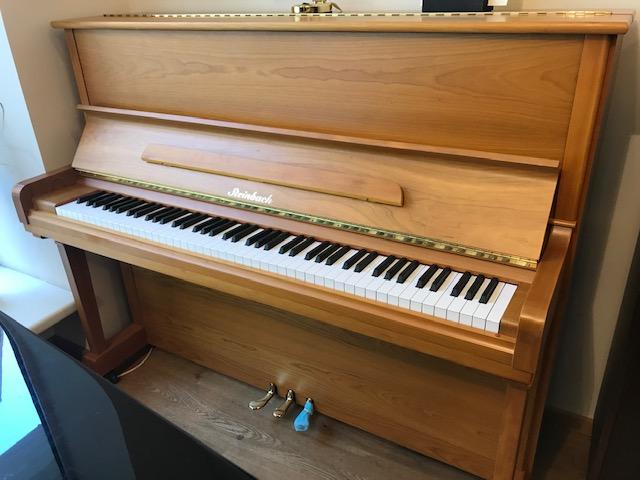 Steinbach Klavier 122 Kirsche satiniert