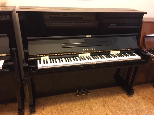 Yamaha Klavier Modell U1 gebraucht